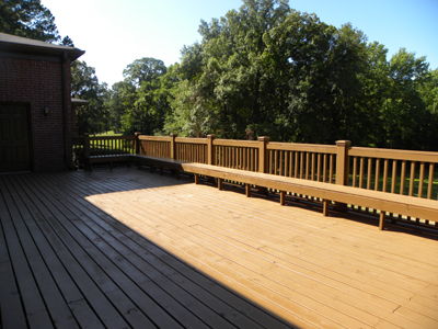 IH Clubhouse patio